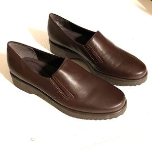 Easy Spirit Brown Leather Loafers Shoes Size 8
